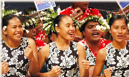 Dance Group from Aitutaki performing ute (singing) - Te Maeva Nui 2005 / Cook Islands