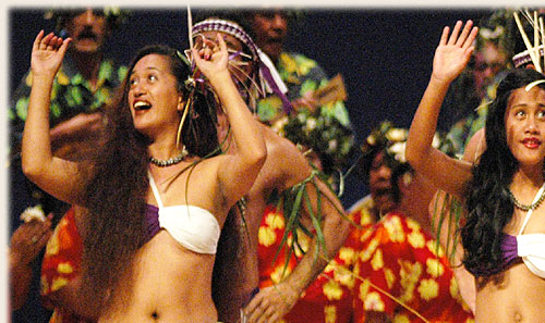 Dance Group from Manihiki with kapa rima - Te Maeva Nui 2005 / Cook Islands